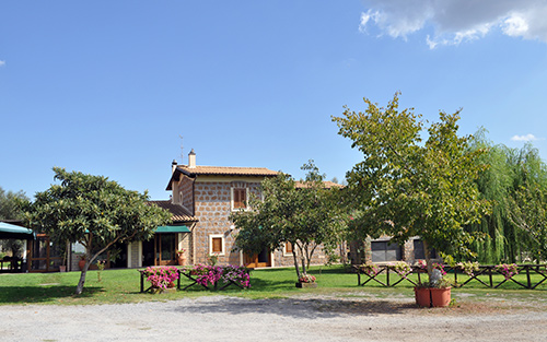 location agriturismo i due casali vetralla